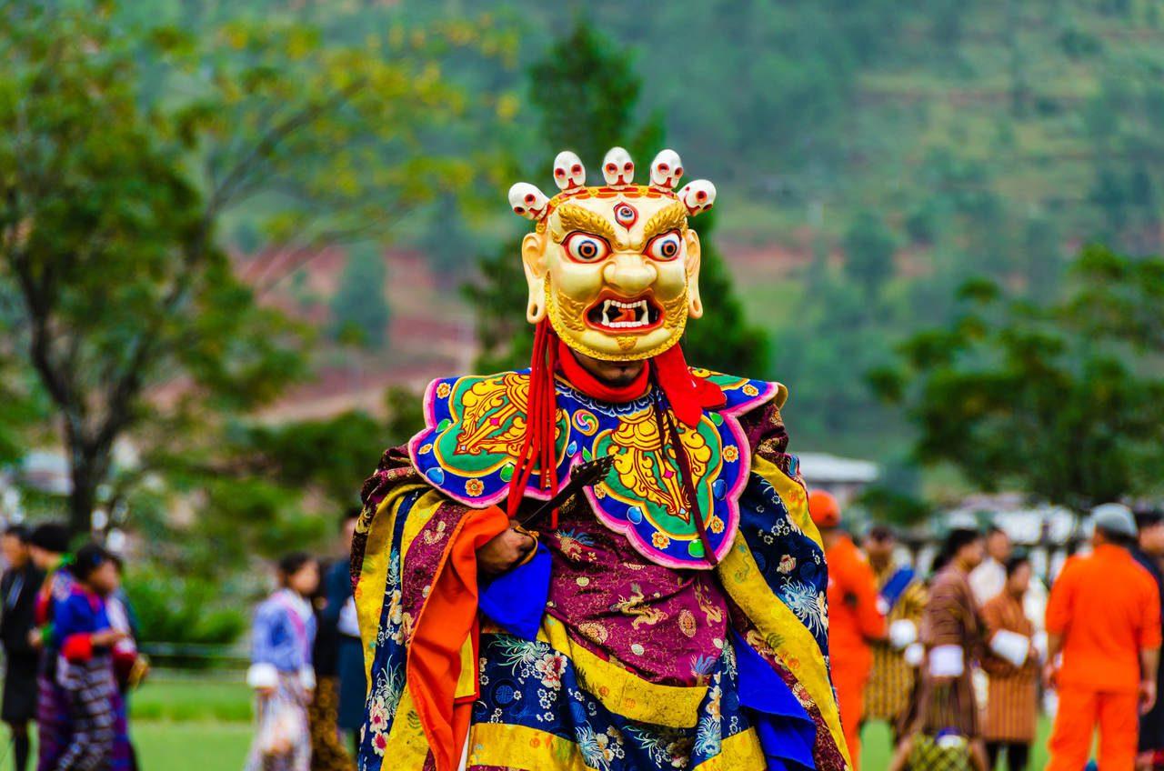 podroz-do-bhutanu-festiwal-Wangdue-Phodrang-Tsechu-wyrusz-w-zyciowa-podroz-soul-travel