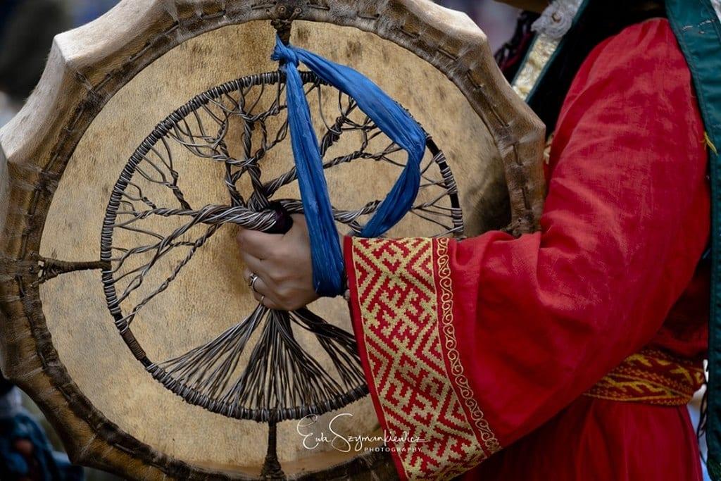 buriacja-ksiazki-szaman-beben-szamanski-wyrusz-w-zyciowa-podroz-soul-travel