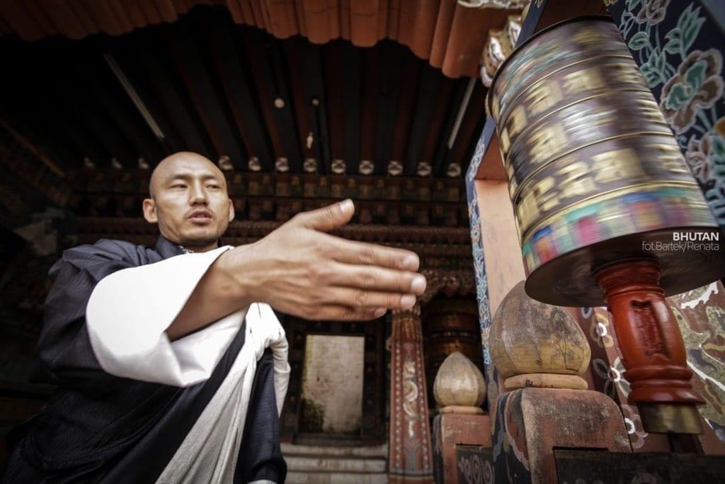 szanuj-lokalna-kulture-i-zwyczaje-bhutan-wyrusz-w-zyciowa-podroz-soul-travel