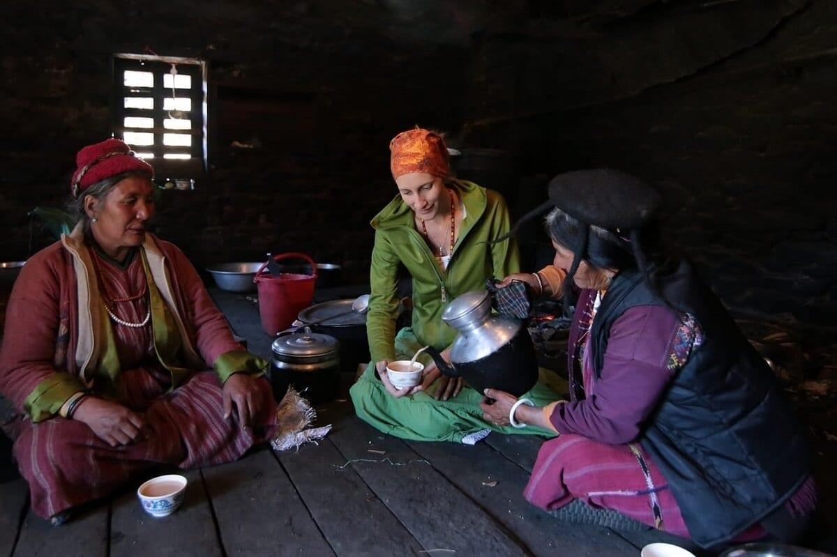 szanuj-lokalna-kulture-i-zwyczaje-wschodni-bhutan-wyrusz-w-zyciowa-podroz-soul-travel