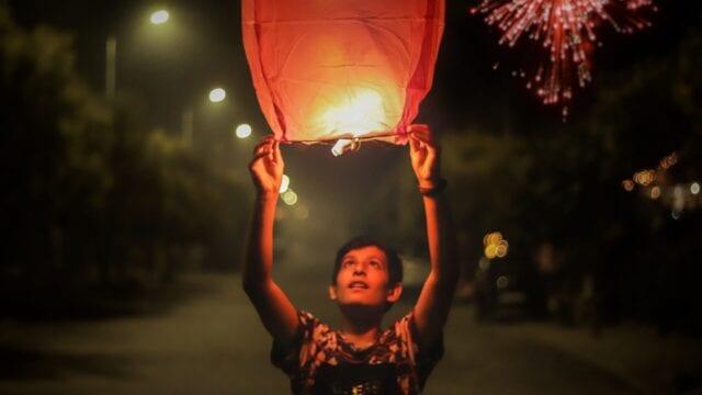 nowy-rok-na-swiecie-zwyczaje-noworoczne-lampiony-wyrusz-w-zyciowa-podroz-soul-travel