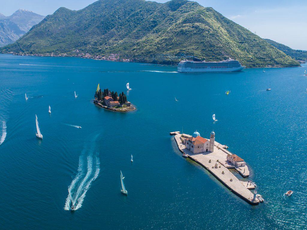 czarnogora-co-zobaczyc-perast-wyspa-wyrusz-w-zyciowa-podroz-soul-travel